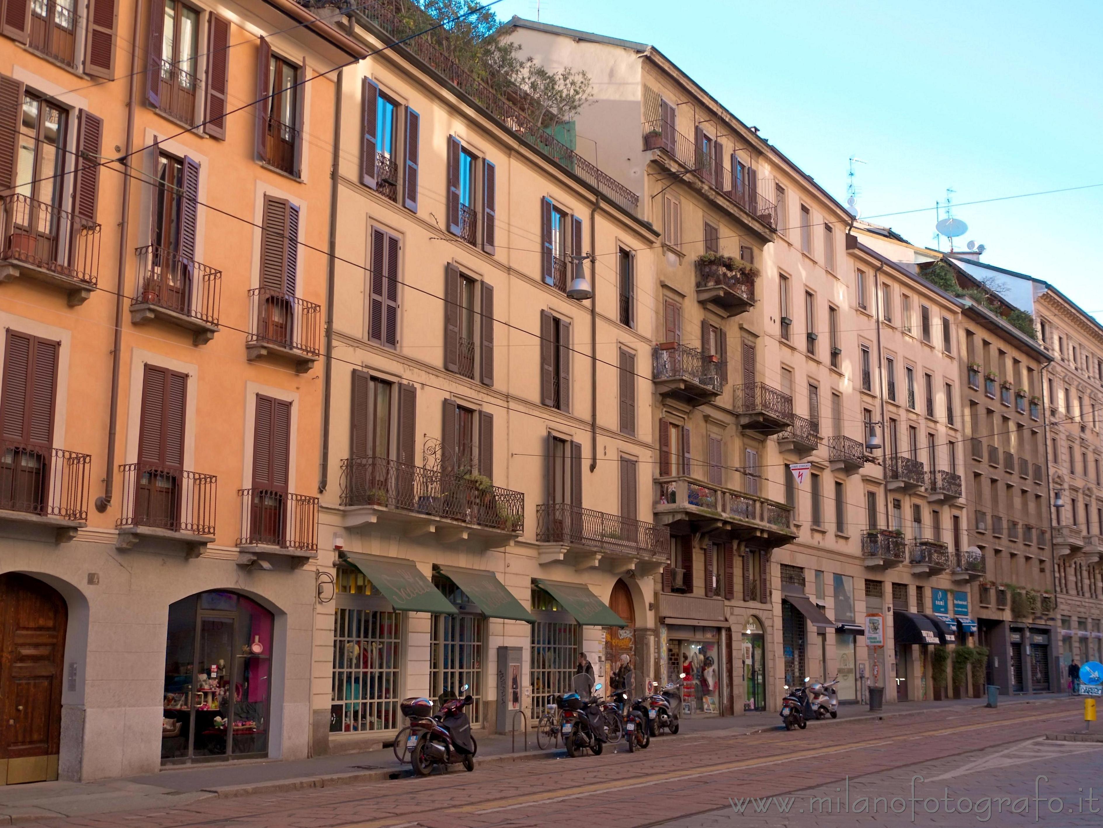 Milan italy typical street corso di porta ticinese for Corso di grafica milano