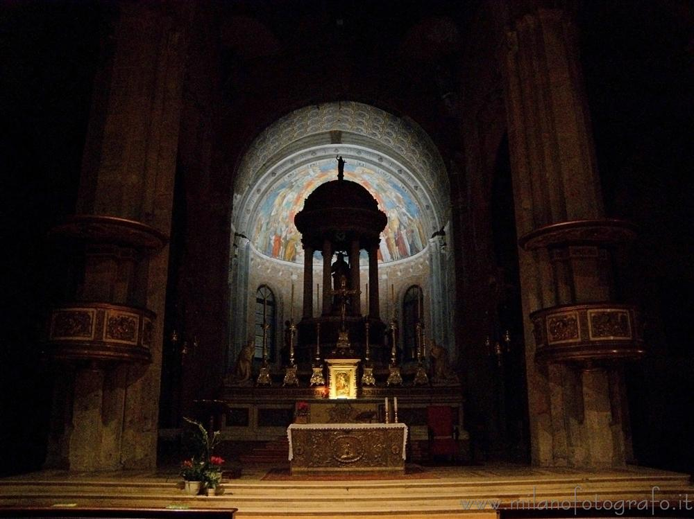 Milan (Italy) - Altar and aps of the Basilica of San Simpliciano by night