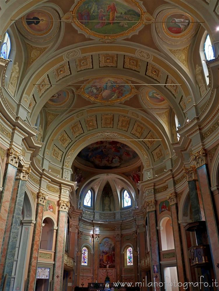 Cilavegna (Pavia, Italy) - Presbytery of the Church of the Saints Peter and Paul