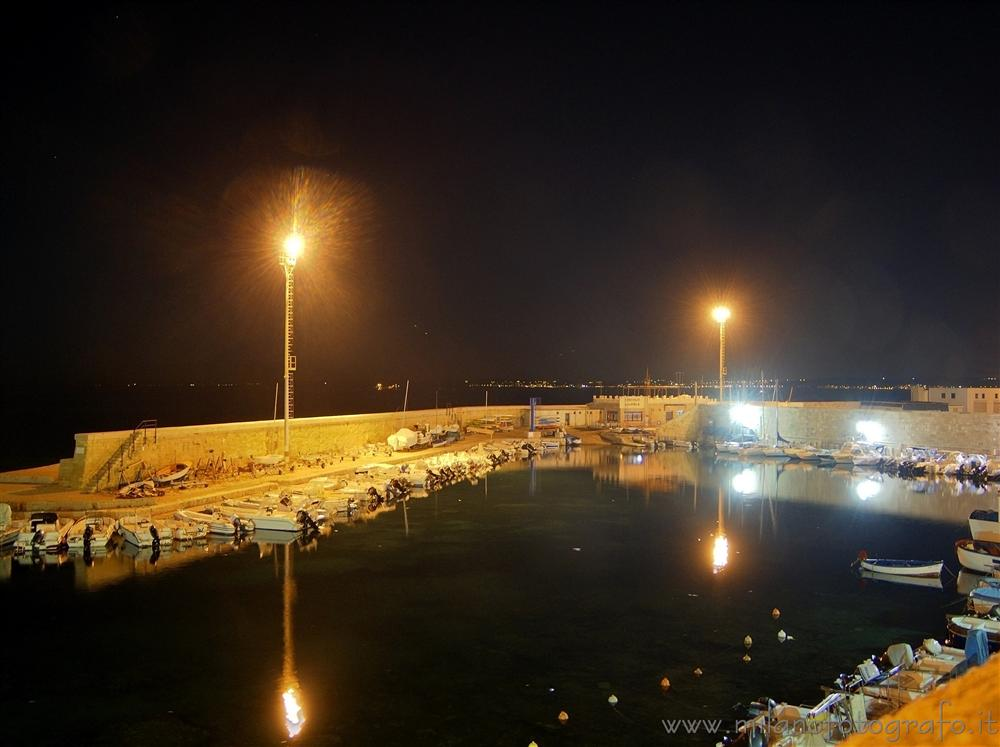 Gallipoli (Lecce, Italy) - Detail of the harbour by night