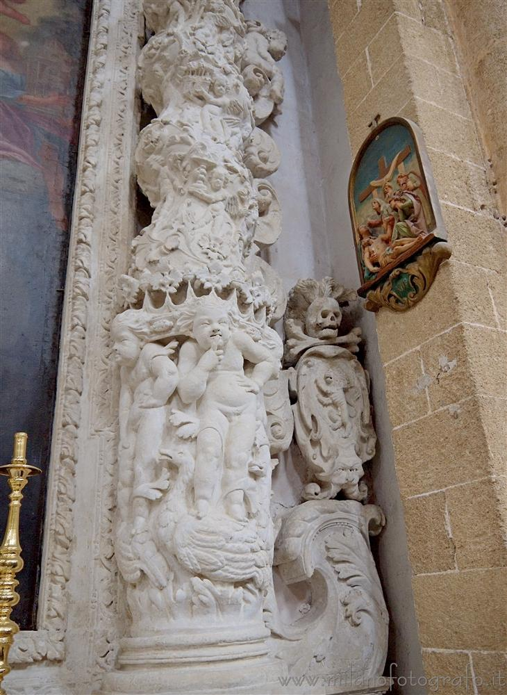 Gallipoli (Lecce, Italy) - Detail of the decorations inside the Duomo