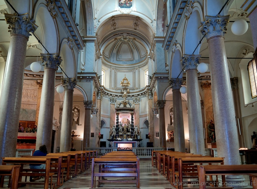 Milan (Italy) - Baroque interiors of the Church of St. Sepulchre (Chiesa di San Sepolcro)