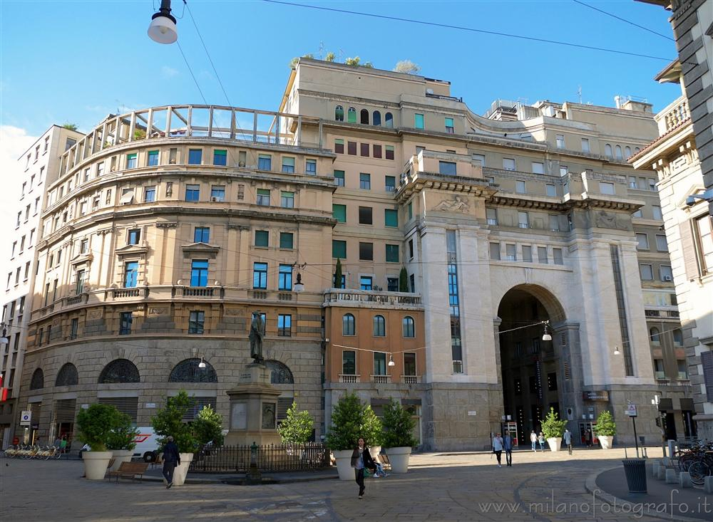 Milan (Italy) - Elegant building complex in the center