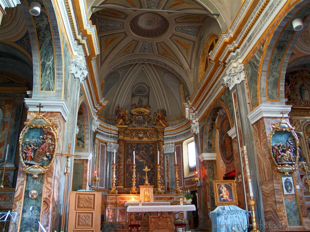Sagliano Micca (Biella, Italy) - Altar and aps of the Church of the Saints Giacomo and  Stefano