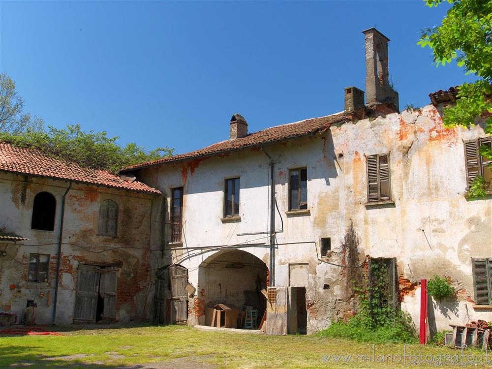 Milan (Italy) - Old houses of the village of Assiano, one of the many villages of Milan