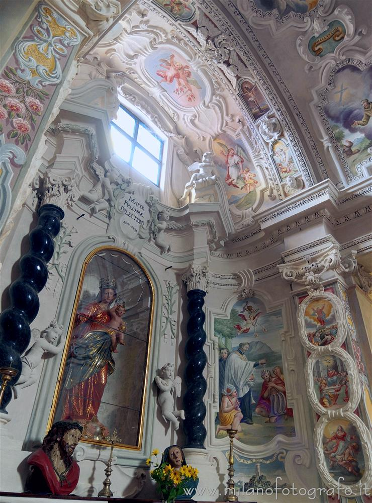 Badia di Dulzago (Novara, Italy) - Chapel of the Virgin of the Rosary in the Church of San Giulio in the Badia of Dulzago