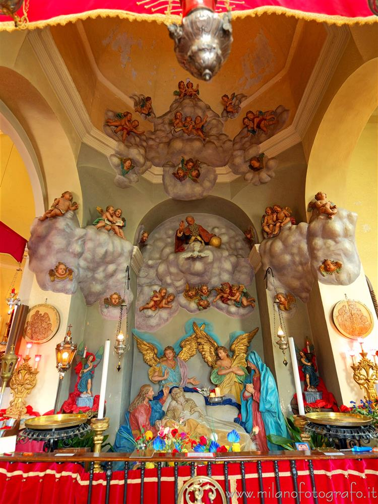 Biella (Italy) - Chapel with the representation of the death of St. Joseph in the church of St. Joseph