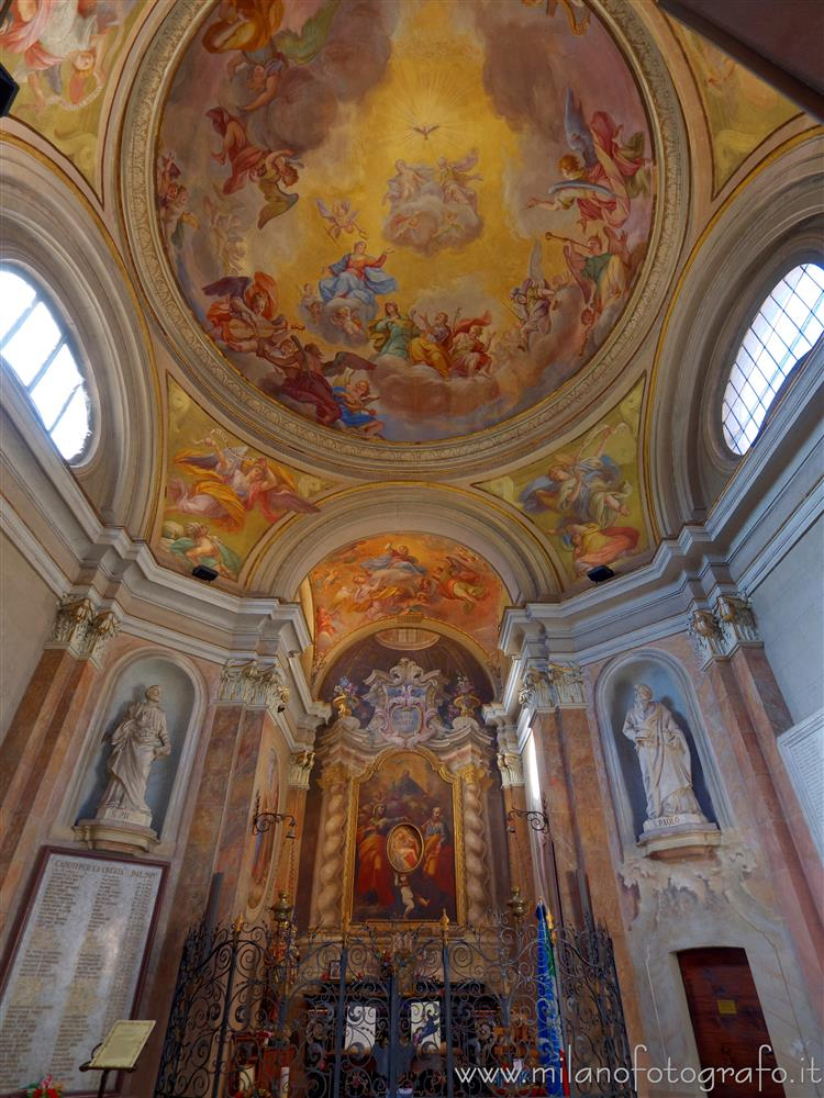 Busto Arsizio (Varese, Italy) - Interior and frescoed dome of the civic temple of Sant'Anna