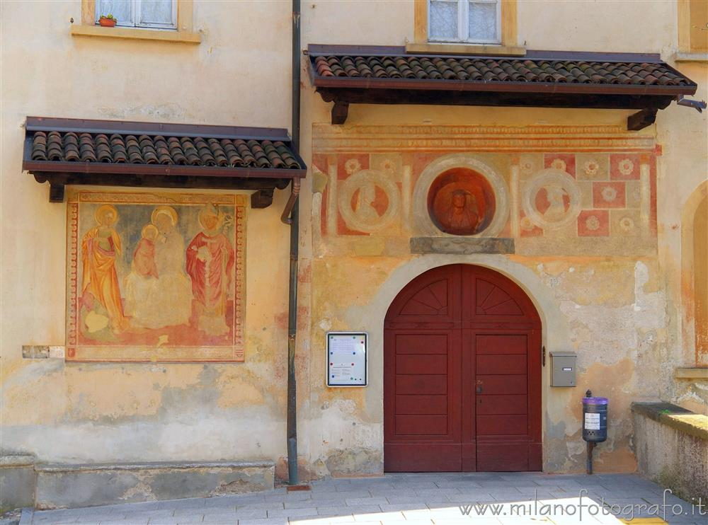 "Castiglione Olona (Varese, Italy) - Frescoes on the facade of the School of Music and Grammar ""Scholastica"""