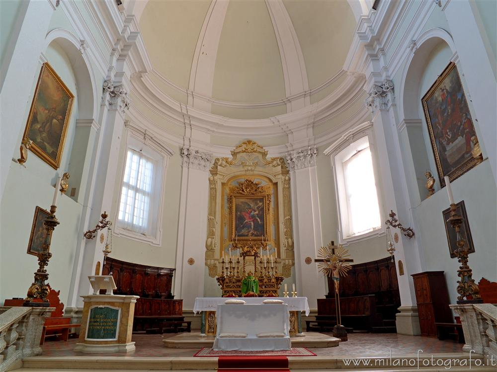 Santarcangelo di Romagna (Rimini, Italy) - Presbytery of the Church of the Blessed Virgin of the Rosary