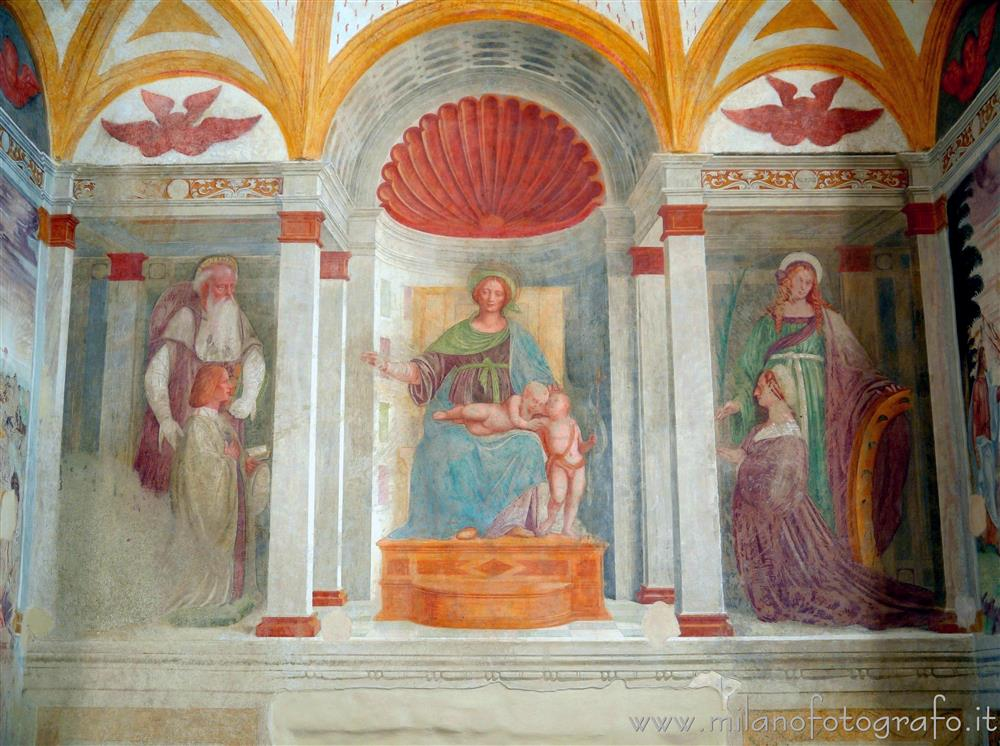 Melzo (Milan, Italy) - Frescoes on the wall of the apse of the Church of Sant'Andrea
