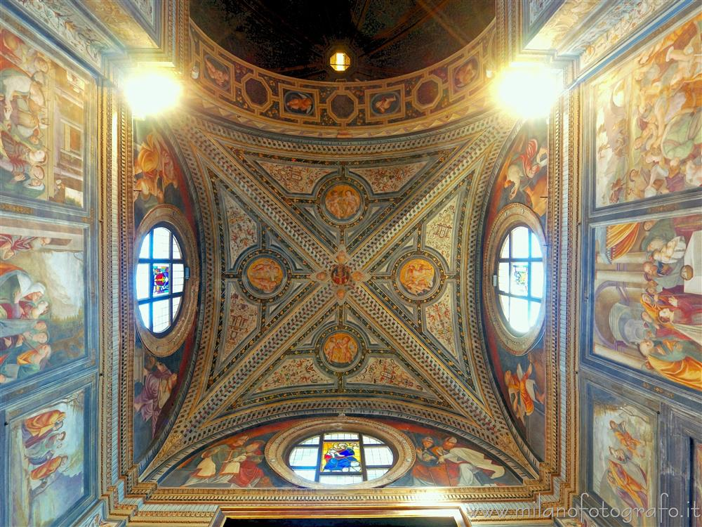 Legnano (Milan, Italy) - Ceiling of the main chapel of the Basilica of San Magno