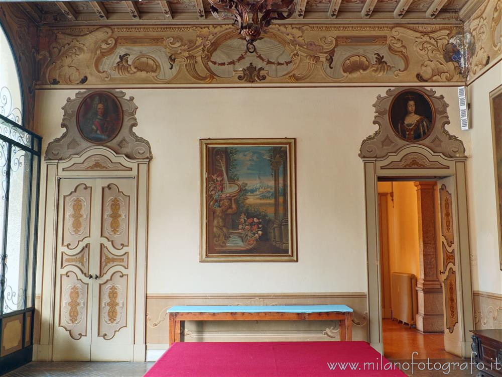 Merate (Lecco, Italy) - Eastern wall of the entrance hall of Villa Confalonieri