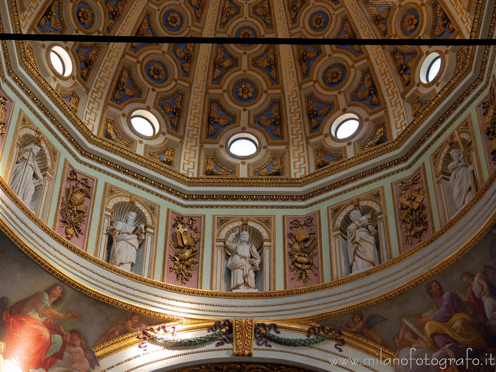 Milan (Italy) - Statues of the apostles at the base of the dome of the Church of Santa Maria dei Miracoli