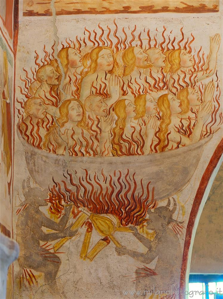 Momo (Novara, Italy) - Big pot full of the damned in the Oratory of the Holy Trinity