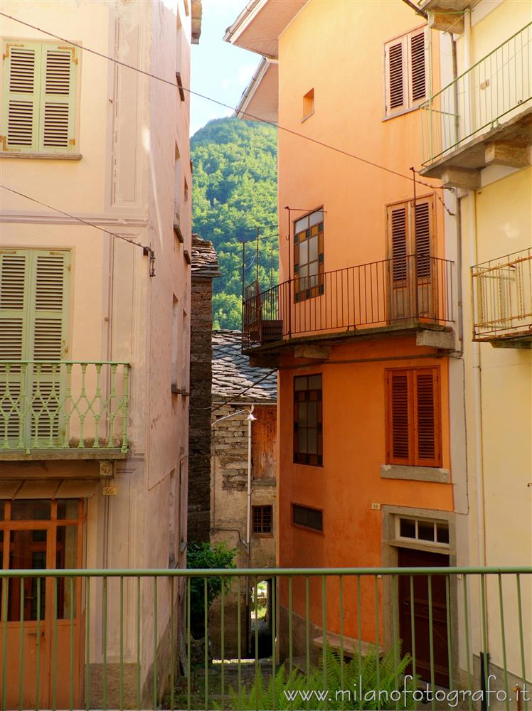 Montesinaro fraction of Piedicavallo (Biella, Italy) - Sight with the mountain behind the houses of the town