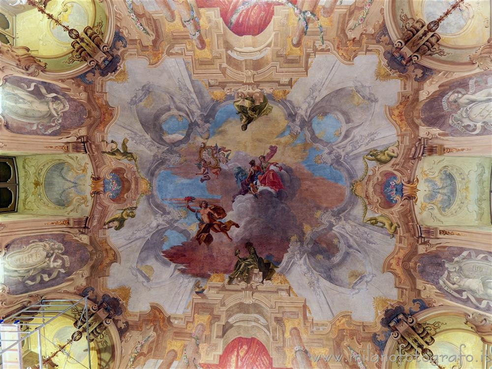 Milan (Italy) - Ceiling of the main hall of Visconti Palace