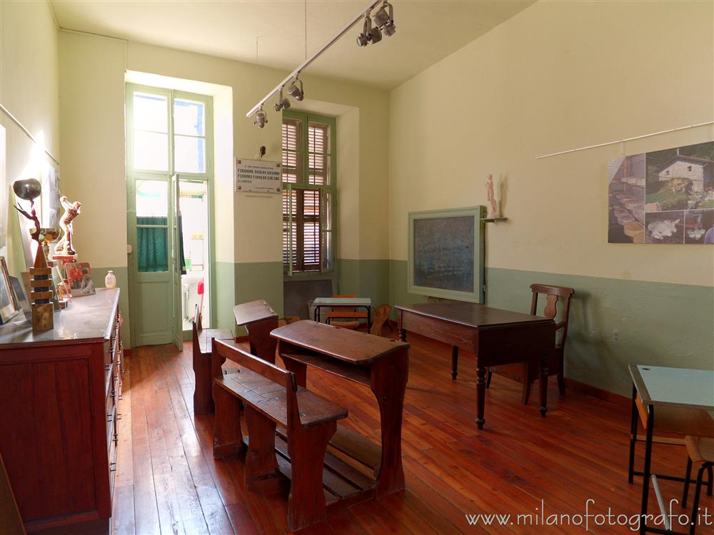 Passobreve fraction of Sagliano Micca (Biella, Italy) - Classroom of the school of the village