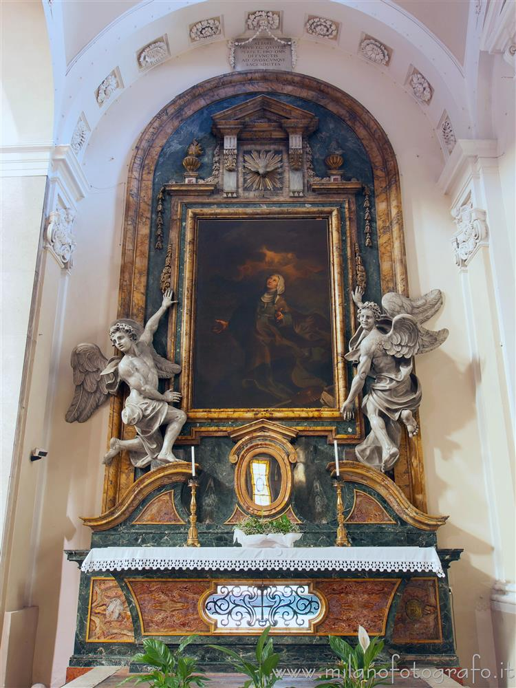 Pesaro (Pesaro e Urbino, Italy) - Altar of Blessed Michelina Metelli in the Sanctuary of Our Lady of Grace