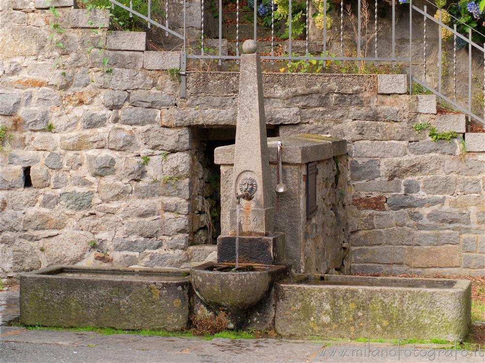 Quittengo fraction of Campiglia Cervo (Biella, Italy) - Ancient fountain