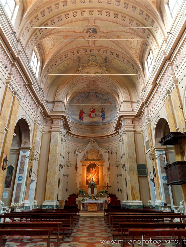 San Giovanni in Marignano (Rimini, Italy) - Interior of the Church of San Pietro