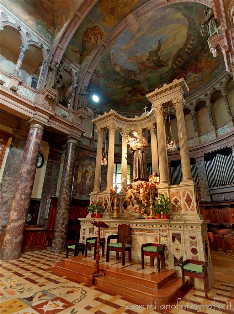 Milan (Italy) - Altar and apse of the Sanctuary of Sant'Antonio da Padova