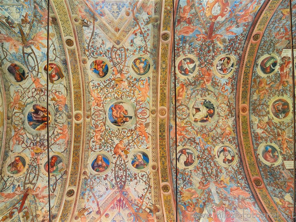 Soncino (Cremona, Italy) - Ceiling of the Church of Santa Maria delle Grazie