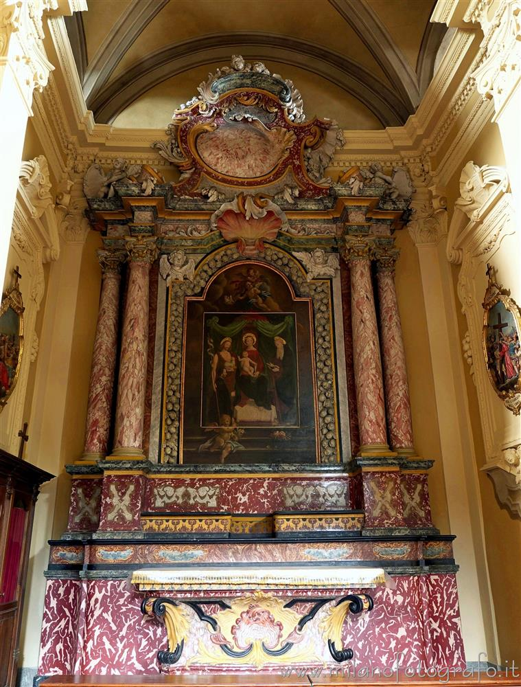 Trivero (Biella, Italy) - Altar of Our Lady of Grace in the matrix church