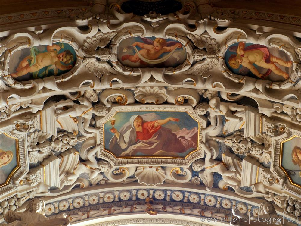 Vimercate (Monza e Brianza, Italy) - Stucco decorations on the vault of the Chapel of Santa Caterina in the Sanctuary of the Blessed Virgin of the Rosary