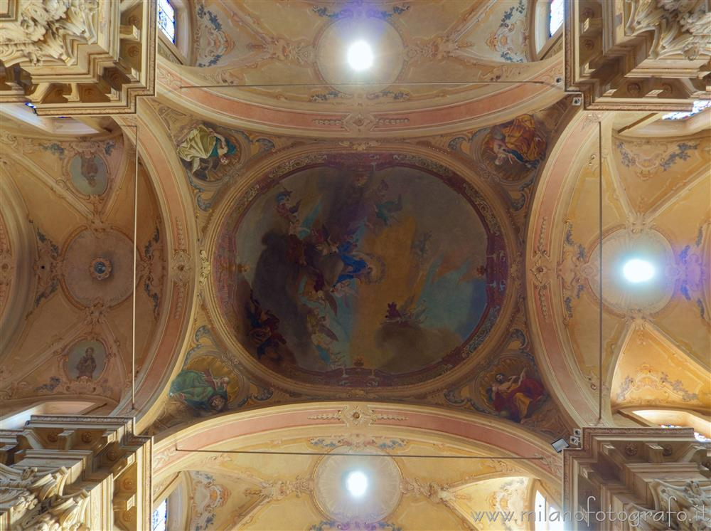 Vimercate (Monza e Brianza, Italy) - Ceiling of the Sanctuary of the Blessed Virgin of the Rosary at the intersection of transept and naves