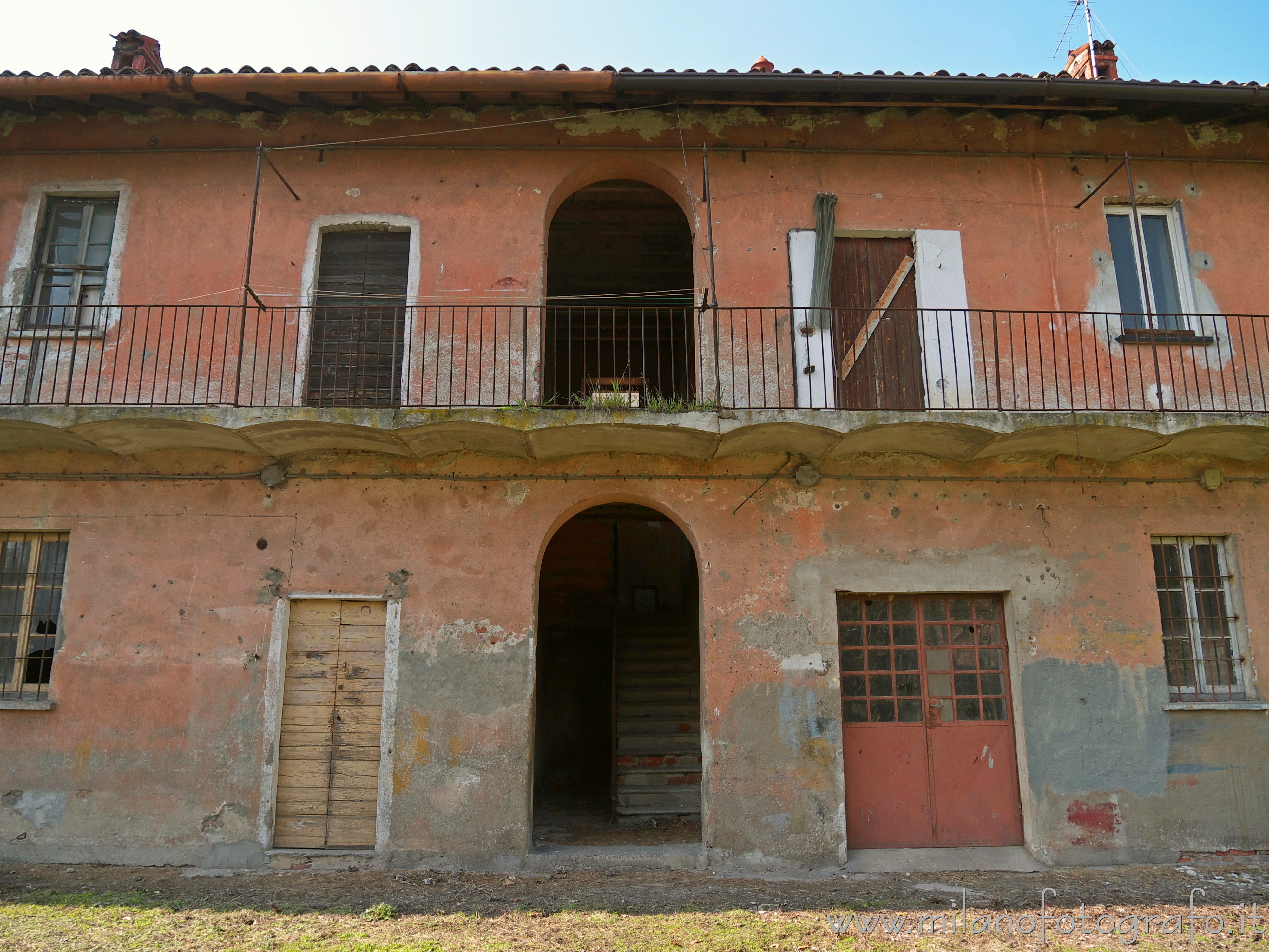 Milan (Italy): Farmhouse in Macconago, one of the many villages of Milan - Milan (Italy)