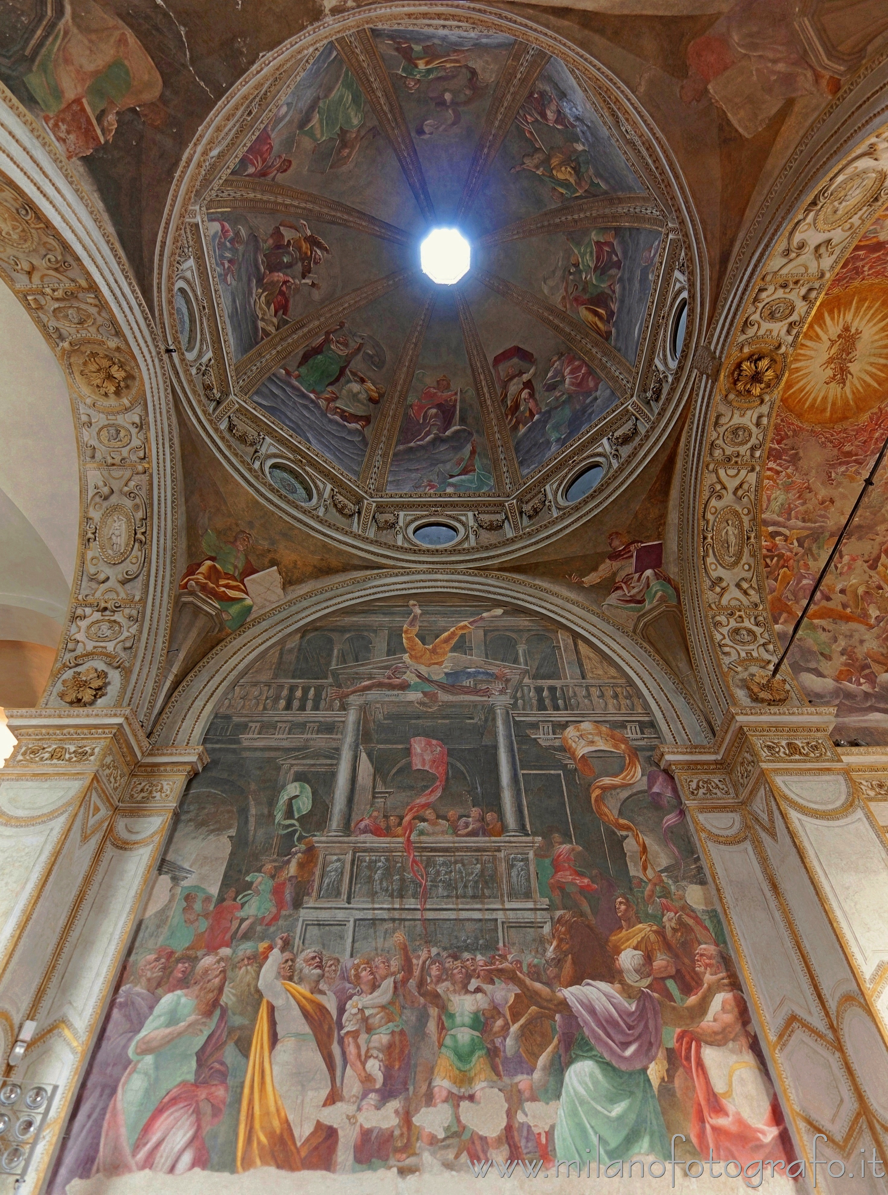Milan (Italy): Left wall and dome of the Foppa Chapel in the Basilica of San Marco - Milan (Italy)