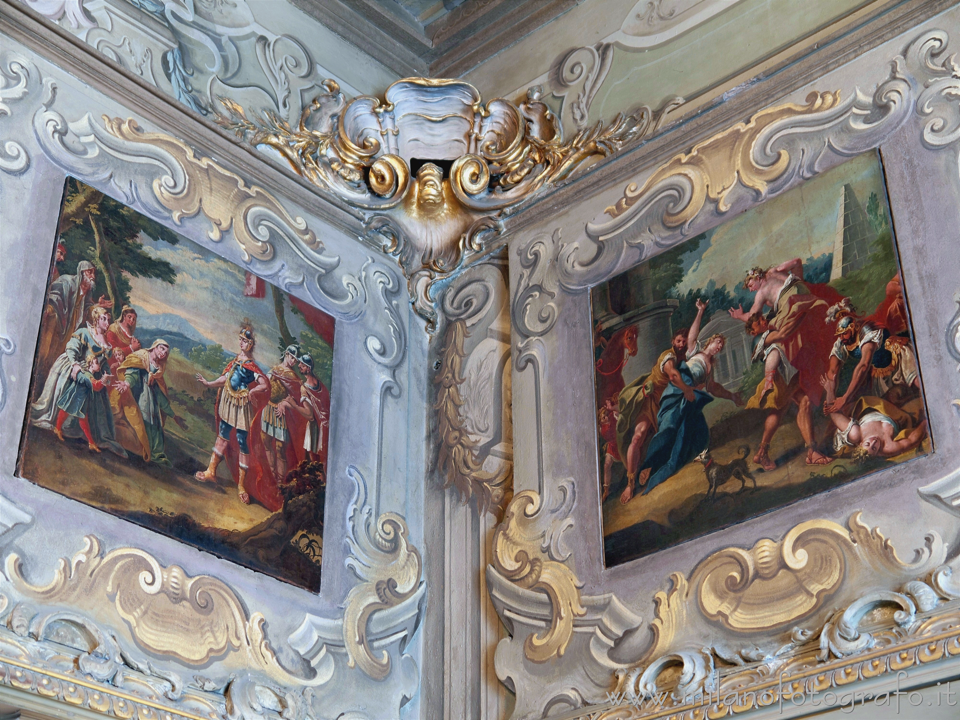 Milan (Italy): Stuccos, frescoes and paintings in the Hall Room of Palace Visconti - Milan (Italy)