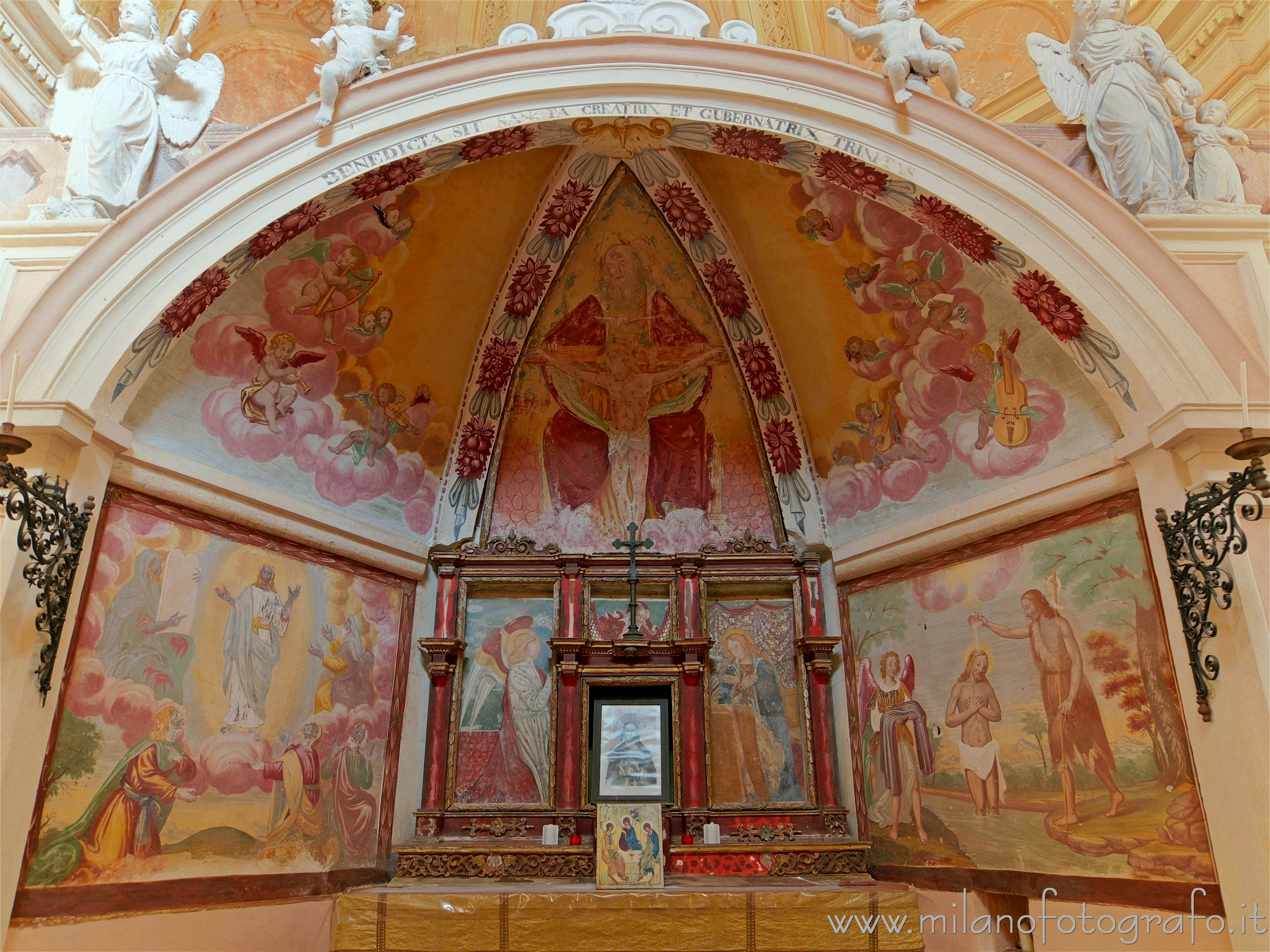 Sagliano Micca (Biella, Italy): Apse of the Oratory of the Most Holy Trinity - Sagliano Micca (Biella, Italy)
