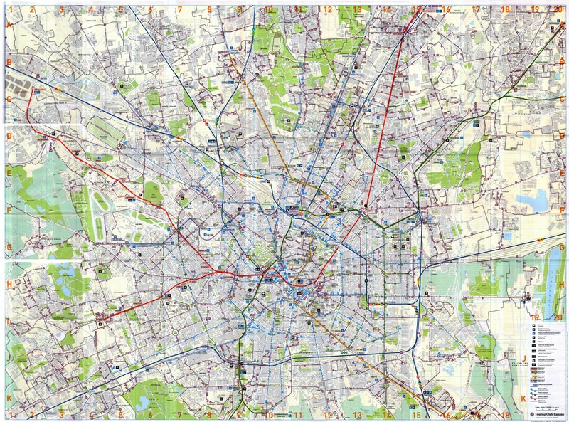 Map of Milan (Italy) with the complete public transport system