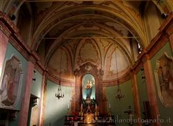 Milan - Churches / Religious buildings: Church of SS. Carlo e Vitale alle Abbadesse
