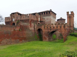 Places  of historical value  of artistic value around Milan (Italy): Soncino